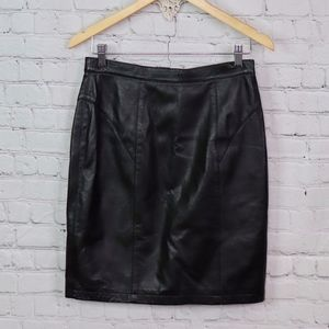 VINTAGE: Italian Leather Pencil Skirt